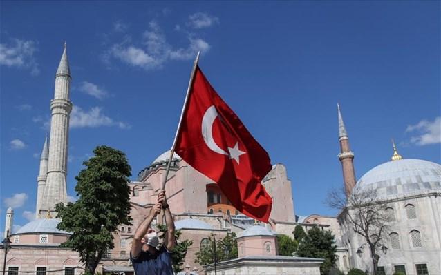 Αγία Σοφία: Αδιαλλαξία Ερντογάν – Διπλωματική κινητικότητα από την Αθήνα