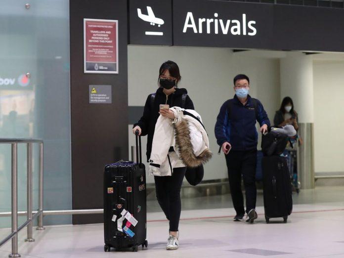 Κορονοϊός: Εισαγόμενα 6 στα 10 νέα κρούσματα – Ανησυχία στις υγειονομικές αρχές