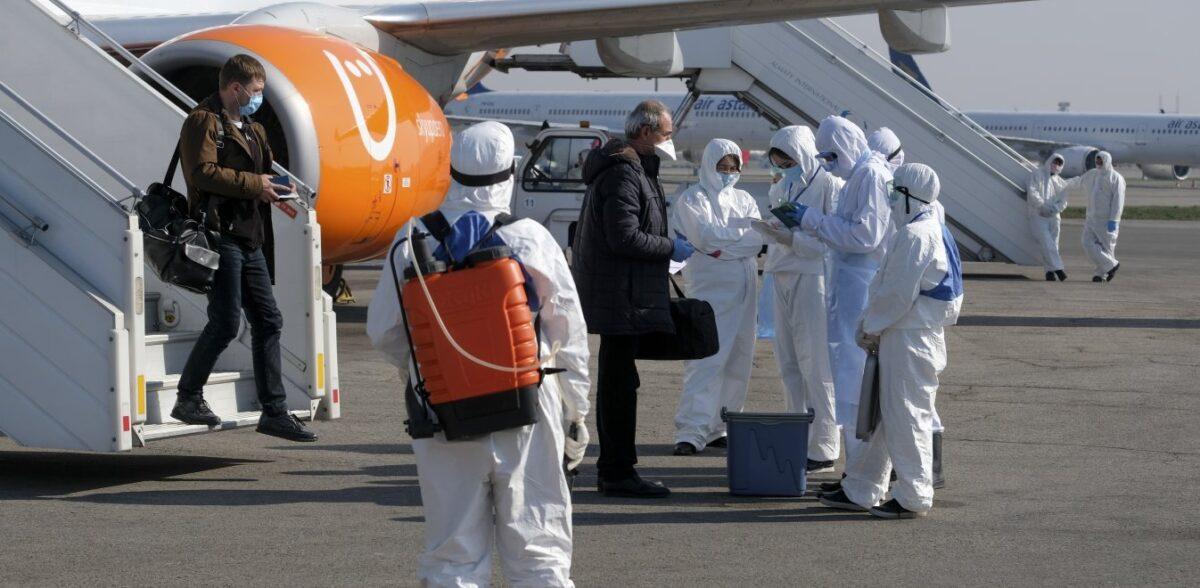 Η Κίνα λέει ότι στο Καζακστάν έχει ξεσπάσει «πνευμονία πιο θανατηφόρα και από τον κορονοϊό»