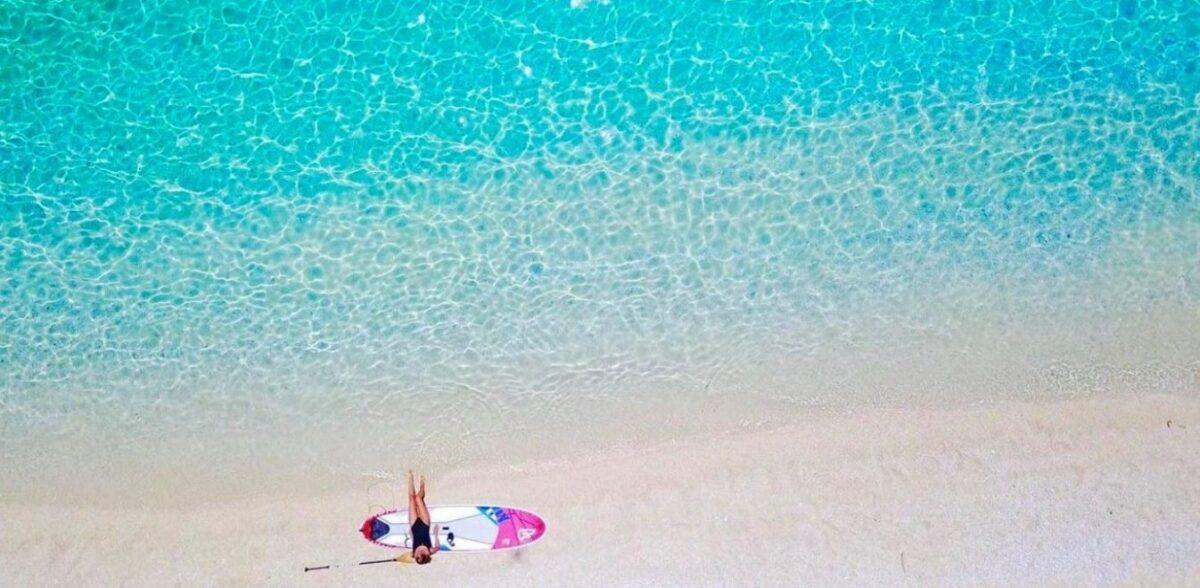 Ζεστά νερά, πάντα ήλιο: Το νησάκι του Ιονίου που έστελναν οι Άγγλοι τους άρρωστους στρατιώτες για να αναρρώσουν