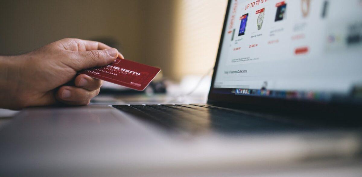 Σούπερ μάρκετ: Αύξηση 150% στις online πωλήσεις το πρώτο εξάμηνο του 2020
