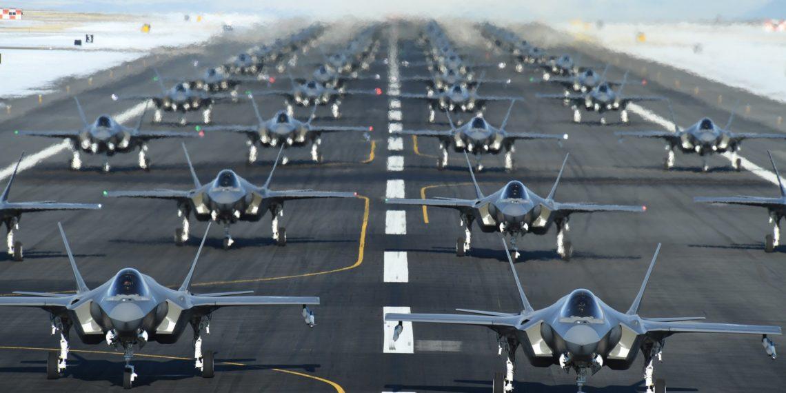 Χαμόγελα στις ΗΠΑ: 105 F-35 στο τραπέζι για ένα «ντιλ» 23,11 δισεκατομμυρίων δολαρίων!