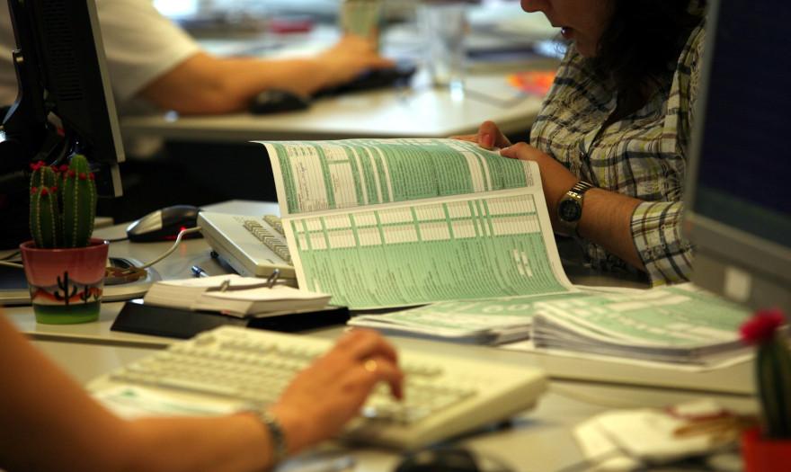 Προς παράταση οι φορολογικές δηλώσεις -Τα δύο σενάρια