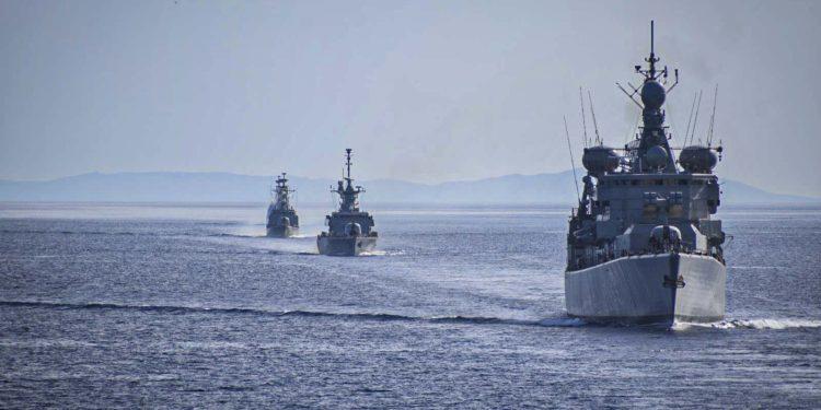 DW: Ποιος δικαιούται τι στη Μεσόγειο;
