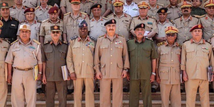 Λιβύη: Σύσκεψη υπό τον Χάφταρ για τους Αρχηγούς του Εθνικού Στρατού (pics)