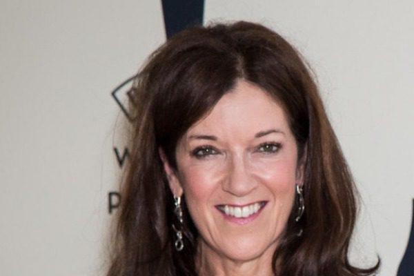 Βικτόρια Χίσλοπ: «Είμαι 62 ετών και τον περασμένο χρόνο, διαγνώστηκα με καρκίνο του μαστού»