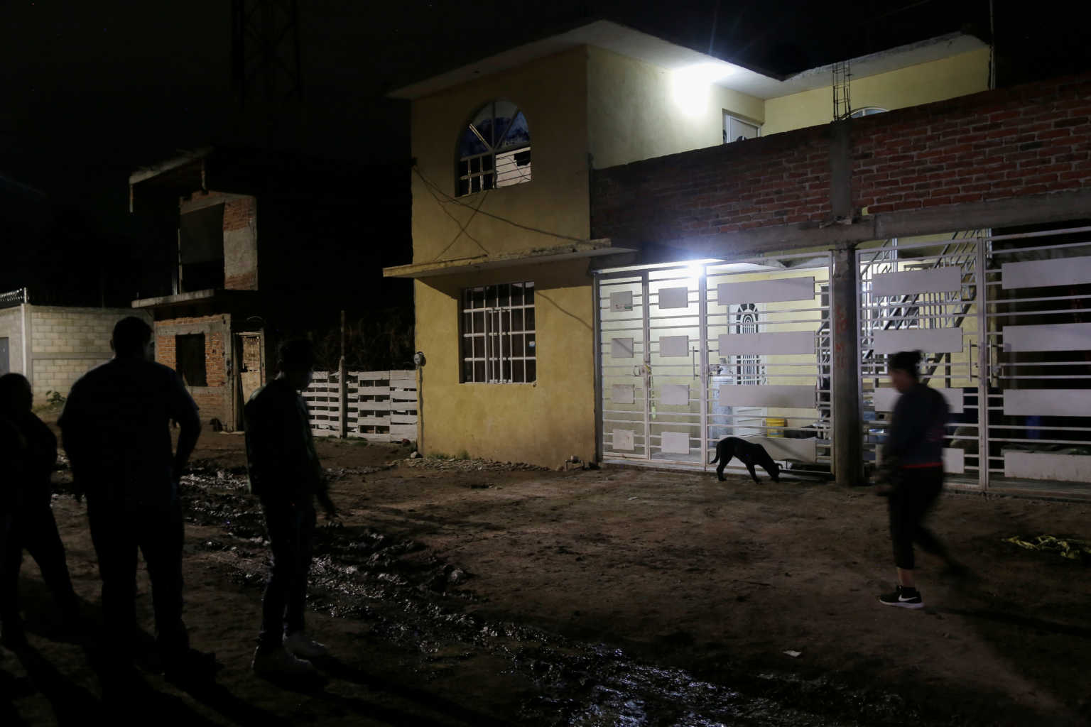 """Μακελειό στο Μεξικό! Μπήκαν σε κέντρο αποτοξίνωσης και """"γάζωσαν"""" τους πάντες – Τουλάχιστον 24 νεκροί (video)"""