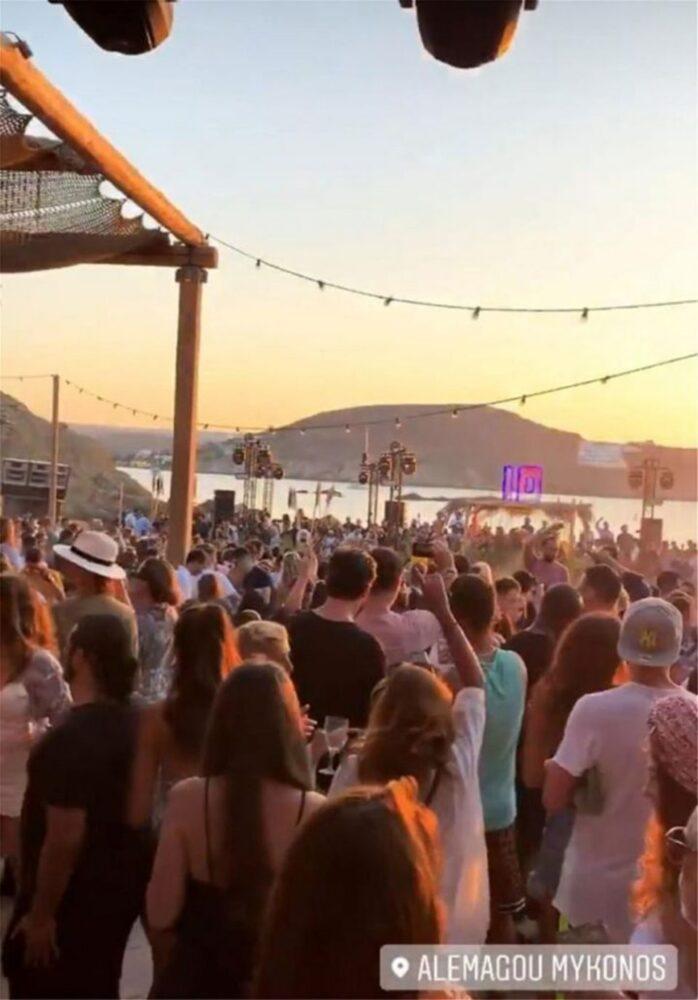 Άνοιξε ο ασκός του Αιόλου: Νέες συλλήψεις και «καμπάνα» 10.000 ευρώ για beach party στην Κέρκυρα (pics)