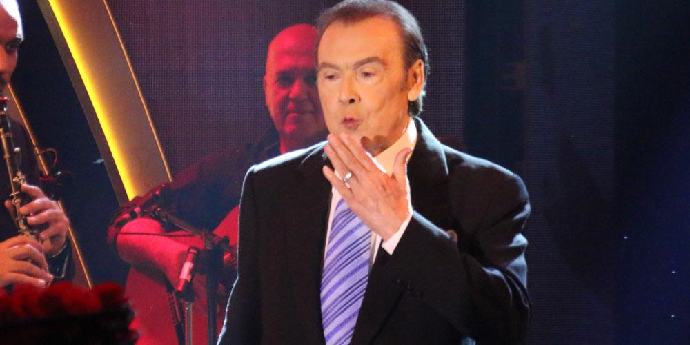 Τόλης Βοσκόπουλος: Αγνώριστος – Δείτε πως είναι σήμερα ο αγαπημένος τραγουδιστής