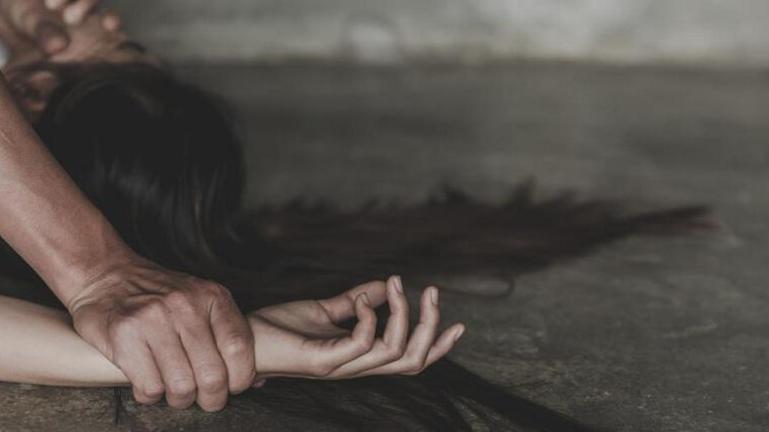 Φρίκη και στο Λίβερπουλ μετά το Ισραήλ: Έξι άνδρες βίασαν μία 16χρονη
