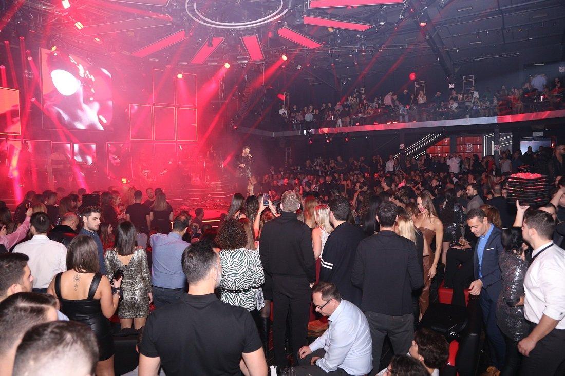 Κοροναϊός: Ανοιχτό το ενδεχόμενο lockdown στη νυχτερινή διασκέδαση