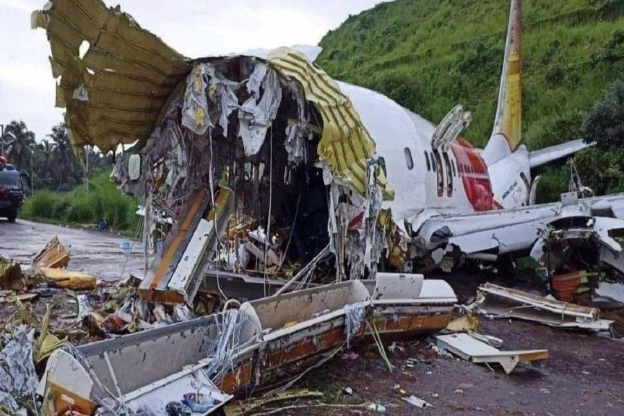 Ινδία: 18 οι νεκροί από το αεροπορικό δυστύχημα ‑ Εικόνες με το φως της μέρας