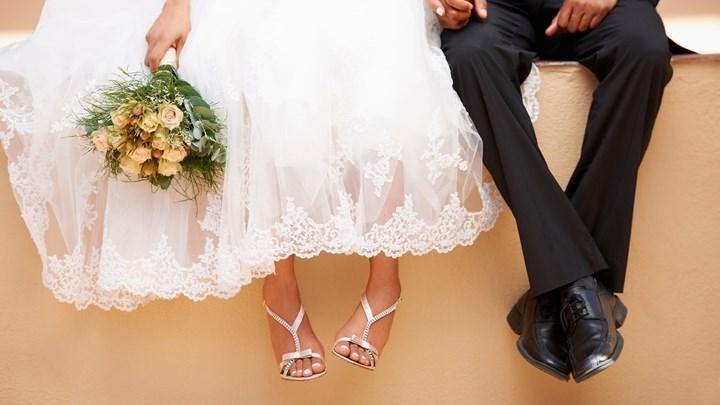 Γάμος στην Αλεξανδρούπολη: Εννέα καλεσμένοι βρέθηκαν θετικοί στον κορονοϊό