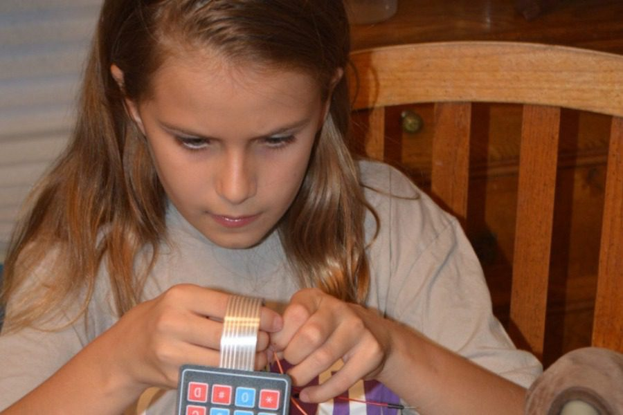 Η 12χρονη εφευρέτης που έφτιαξε μια συσκευή που σώζει παιδιά