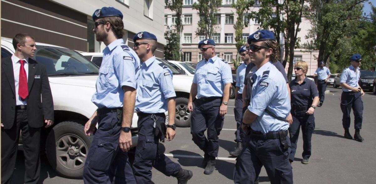 Ουκρανία: Άνδρας απειλεί να ανατινάξει τράπεζα – Διαπραγματεύσεις με την αστυνομία