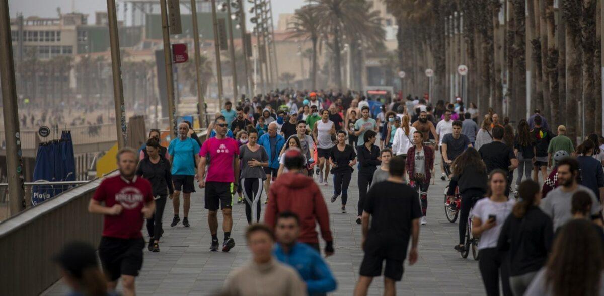 Ισπανία: 2.935 κρούσματα σε 24 ώρες – Χωρίς συμπτώματα όσοι μολύνθηκαν