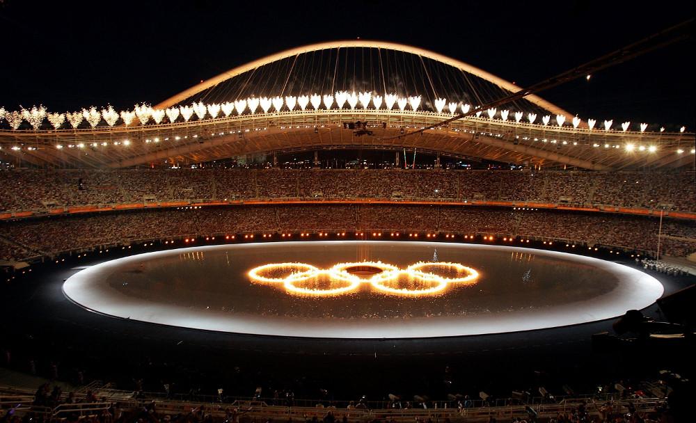 16 χρόνια από τους Ολυμπιακούς Αγώνες της Αθήνας – Το ζεϊμπέκικο που δεν θα ξεχάσουμε ποτέ