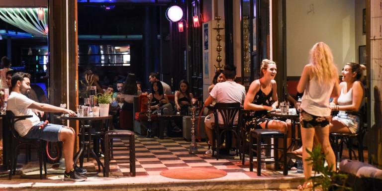 Ο λόγος που κλείνουν στην Κρήτη τα καταστήματα από τις 12 τα μεσάνυχτα – Τι απάντησε ο Χαρδαλιάς | Video