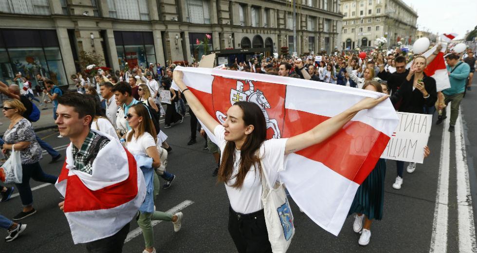 Ε.Ε.: Κυρώσεις στη Λευκορωσία για τη βία, δεν αναγνωρίζει το εκλογικό αποτέλεσμα