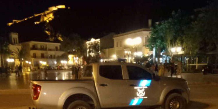 Κορονοϊός: Επιχειρηματίας έπεσε στη θάλασσα λόγω προστίμου – Τι είπε ο Χαρδαλιάς