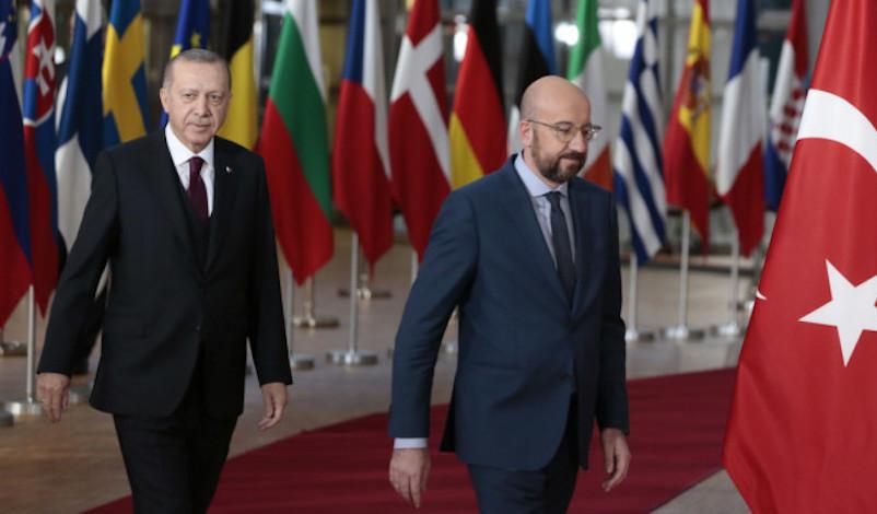 Μισέλ σε Ερντογάν: Η ΕΕ στέκεται πλήρως στο πλευρό της Ελλάδας και της Κύπρου