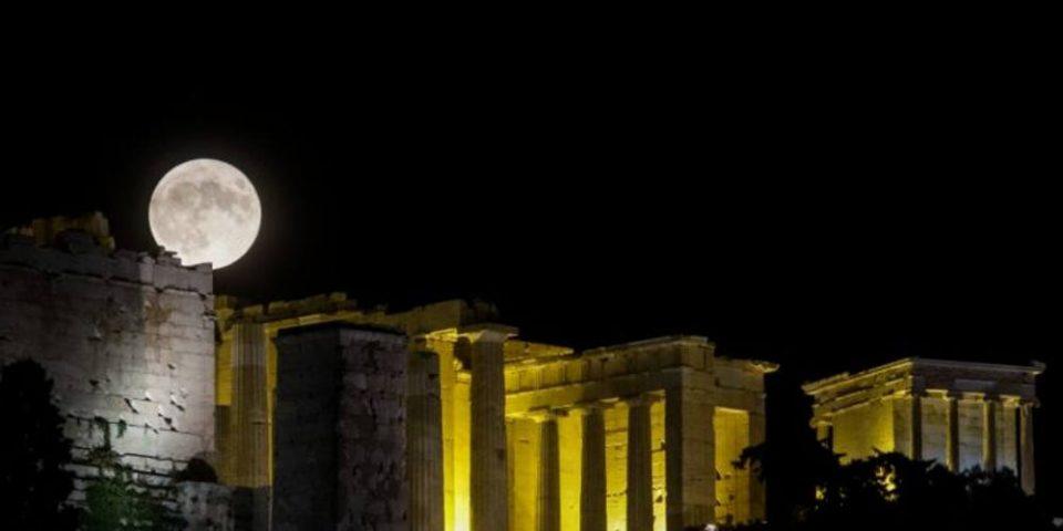Η πανσέληνος του Αυγούστου αγκαλιά με την τέχνη: Αρχαιολογικοί χώροι υποδέχονται το κοινό!