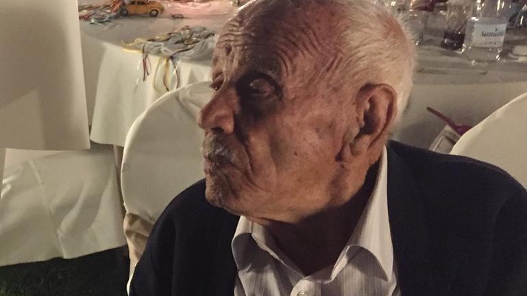 Τα 106 χρόνια βάρυναν τον θρυλικό παππού Σπυρίδο…