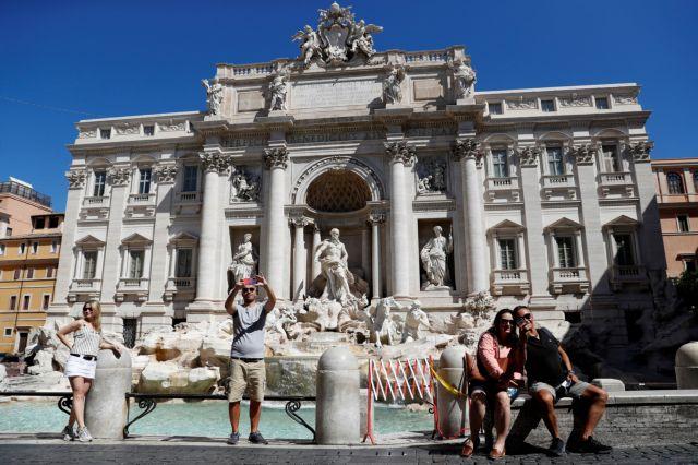 Η ιταλική κυβέρνηση αποκλείει νέο lockdown παρά την αύξηση των κρουσμάτων