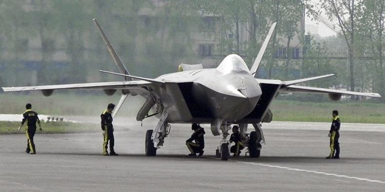 Rafale VS J-20: Πλησιάζει η ώρα που τα Γαλλικά μαχητικά θα αντιμετωπίσουν τα Κινεζικά;