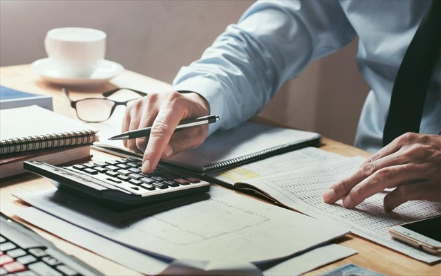 Ποιες είναι οι υποχρεώσεις των φορολογουμένων τον Αύγουστο