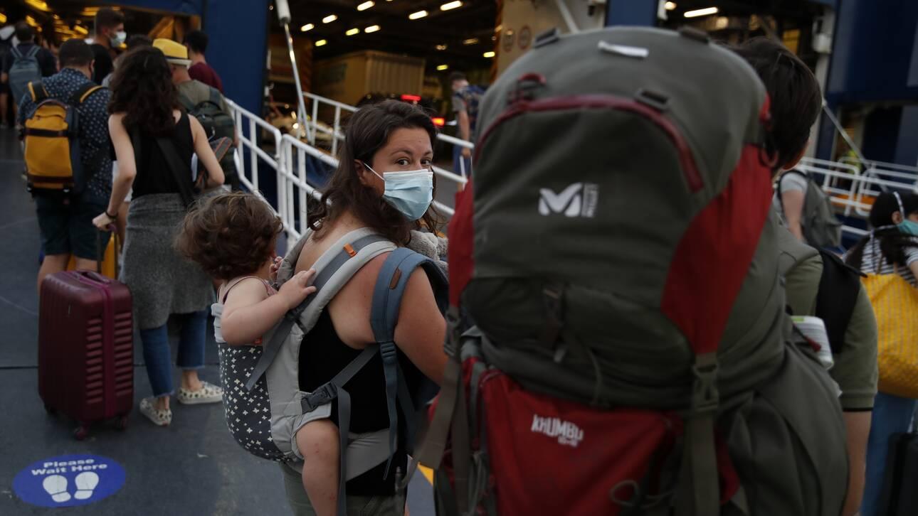 Κορωνοϊός: Εκτοξεύτηκαν σε 203 τα νέα κρούσματα στη χώρα – 212 οι θάνατοι