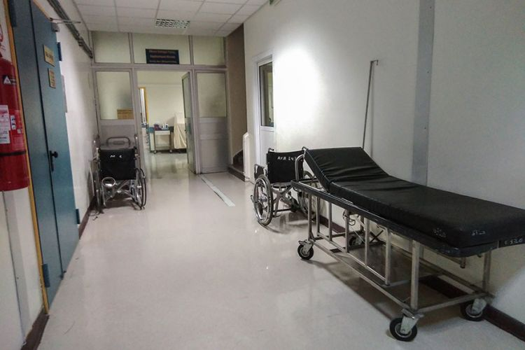Κορωνοϊός -Βόλος: 4 συνάδελφοι του σεφ θετικοί στον ιό -Σε θάλαμο αρνητικής πίεσης ο 25χρονος