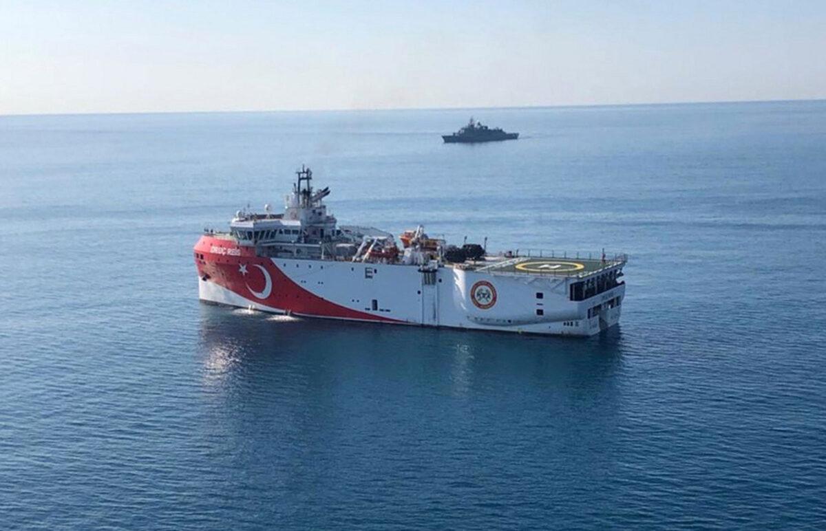 Το Oruc Reis είναι και πάλι στην Ελληνική υφαλοκρηπίδα