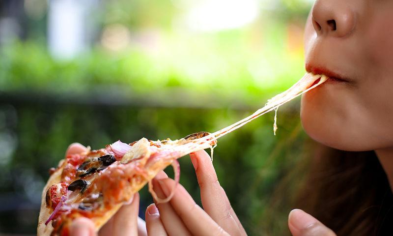 «Καλά» vs «κακά» λιπαρά: Δείτε αναλυτικά πόσα επιτρέπεται να τρώτε την ημέρα