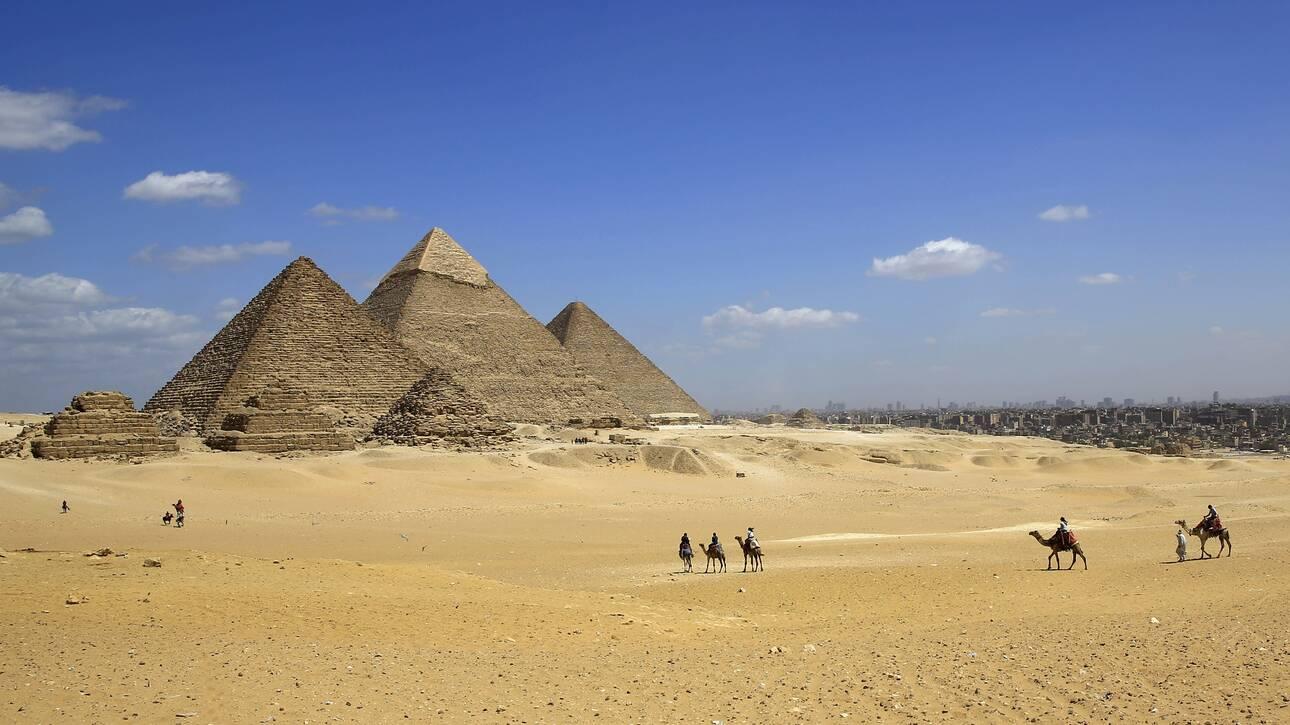 Η Αίγυπτος ενημερώνει τον Έλον Μασκ ότι οι πυραμίδες δεν φτιάχτηκαν από… εξωγήινους