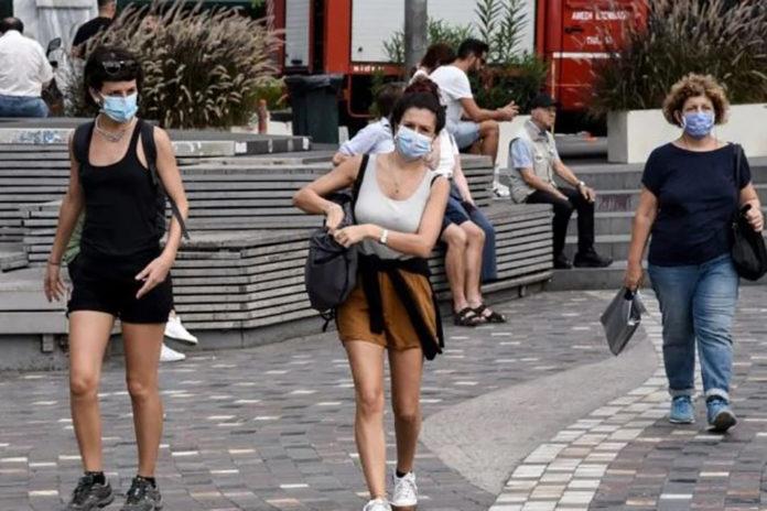 Κορονοϊός: Κλείσιμο πλατειών και μάσκες παντού… Νέα μέτρα στο «μικροσκόπιο»