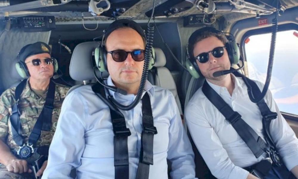 """Γαλλος & Κύπριος υπουργός """"μοίρασαν εγκεφαλικά"""" στους Τούρκους: Πέταξαν πάνω από Yavuz και Αμμόχωστο"""