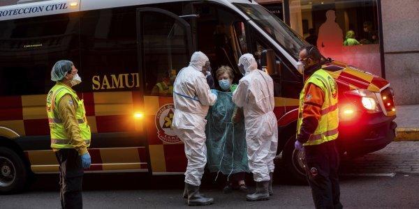 Κορονοϊός: Η Μαδρίτη εκπέμπει σήμα κινδύνου – Πιο αυστηρά μέτρα ζητεί ο υπουργός Υγείας