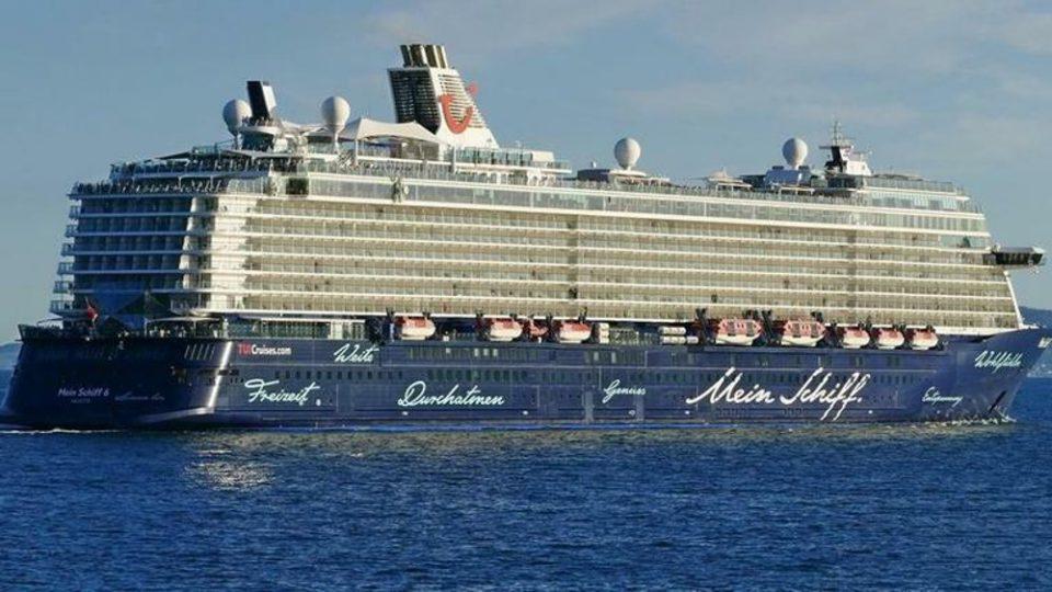 Κορωνοϊός – Γώγος για το κρουαζιερόπλοιο Mein Schiff: Δεν δικαιολογούνται τόσα πολλά ψευδή θετικά τεστ