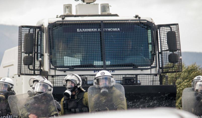 Λέσβος: Ενισχύονται οι αστυνομικές δυνάμεις στο νησί -Κατέφτασαν οι «Αίαντες» και τα ΜΑΤ [βίντεο]