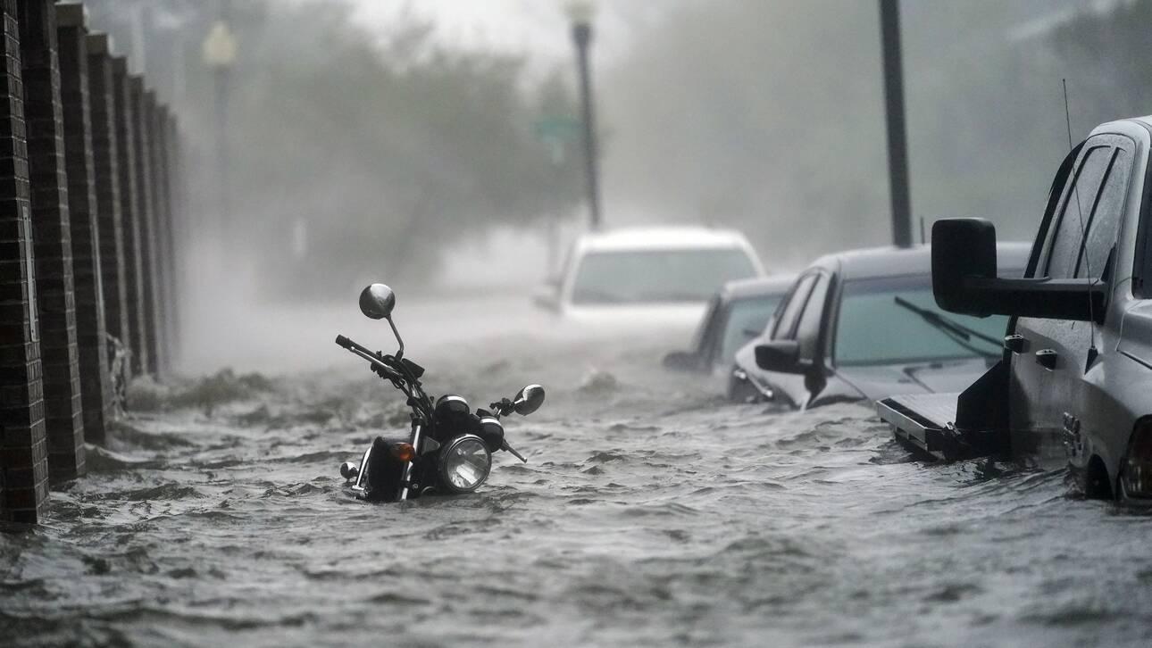 «Τέσσερις μήνες βροχής, σε τέσσερις ώρες»: Ο τυφώνας «Σάλι» ξέβρασε ακόμη και… αλιγάτορες