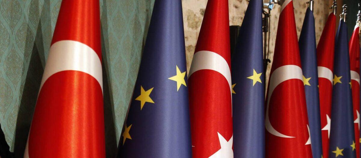 «Βόμβα» από σύμβουλο της ΕΕ: «Η Ελλάδα να ξεχάσει τις κυρώσεις – Να μην έχουν ψευδαισθήσεις ότι κάποιοι θα τους σώσουν»