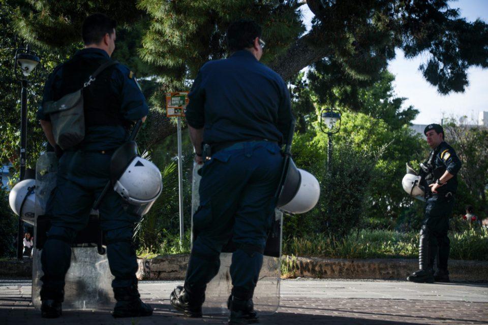 Κορωνοϊός: Αυτό είναι το νέο ποινολόγιο για την καταστολή του… ιού – Από πρόστιμα μέχρι ισόβια