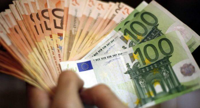 Τροπολογία ΥΠΟΙΚ: Μείωση της προκαταβολής φόρου – Καταργείται η εισφορά αλληλεγγύης και το 2022