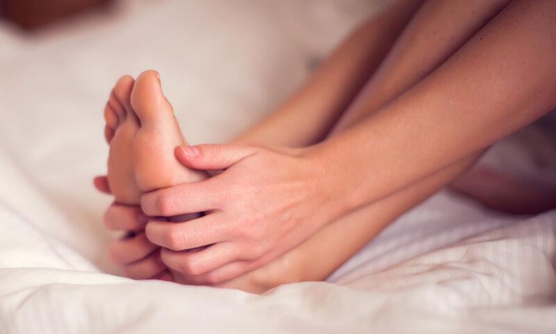Πρησμένα πόδια: Όλες οι πιθανές αιτίες μέσα από φωτογραφίες