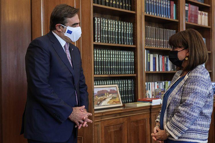 ΠτΔ σε Μαρ. Σχοινά: Η Ελλάδα σήκωσε πολύ μεγάλο βάρος- Ώρα να αναλάβουν όλοι τις ευθύνες τους