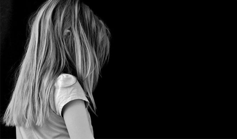 Αδιανόητο: Τέσσερα μικρά αγόρια βίασαν 4χρονο κοριτσάκι στη Νότια Αφρική