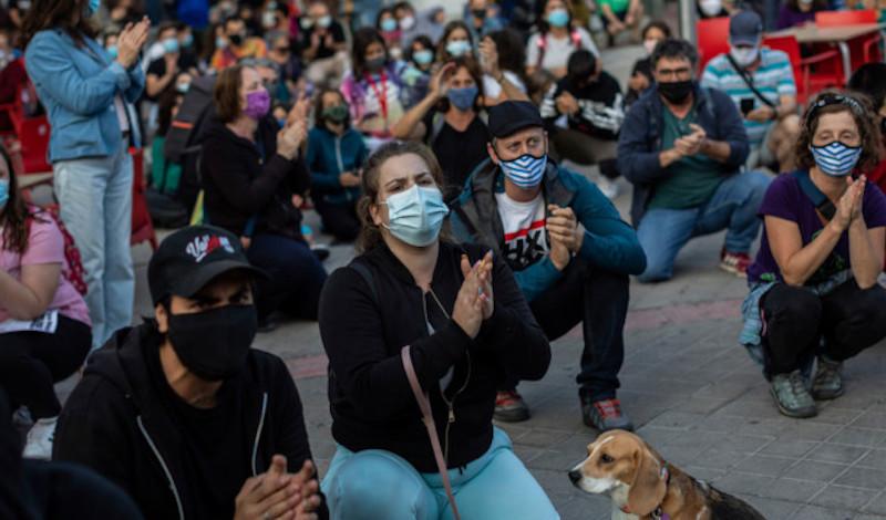Μαδρίτη: Μαζικές διαδηλώσεις Ισπανών κατά της μερικής καραντίνας για τον κορωνοϊό [βίντεο]