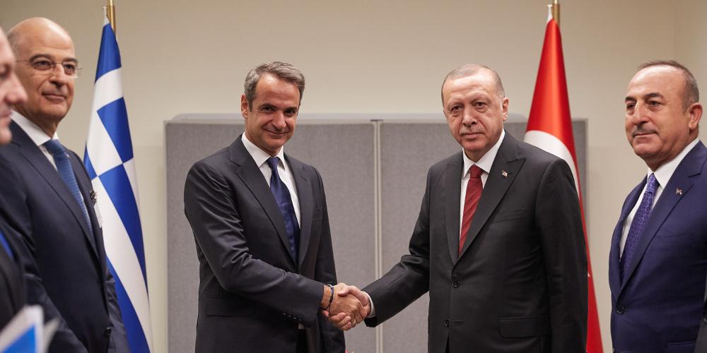 «Ψήνεται» συνάντηση Μητσοτάκη-Ερντογάν – Τι απάντησε ο Στέλιος Πέτσας