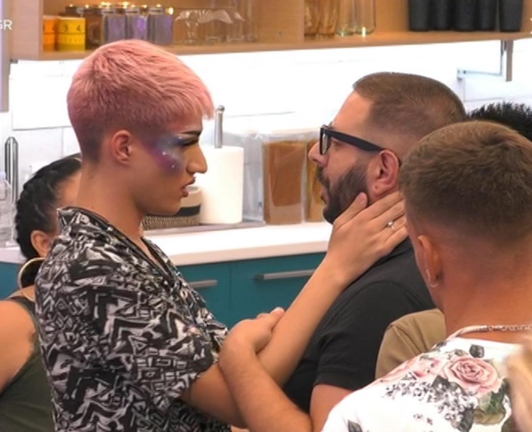 Big Brother: Αποχώρησε ο Νικόλας Παπαπαύλου (video)